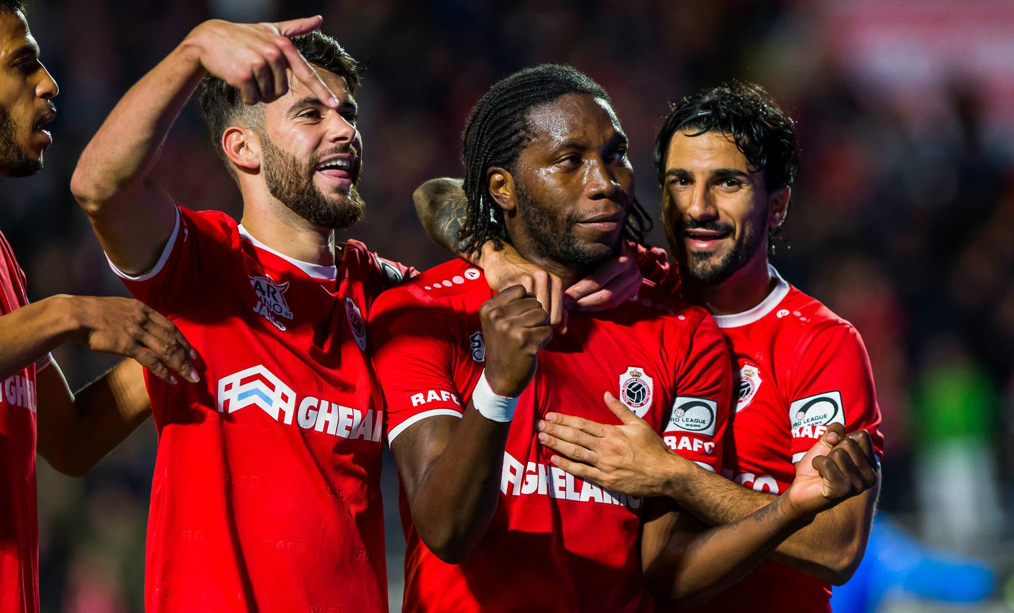 Antwerp FC - Mbokani