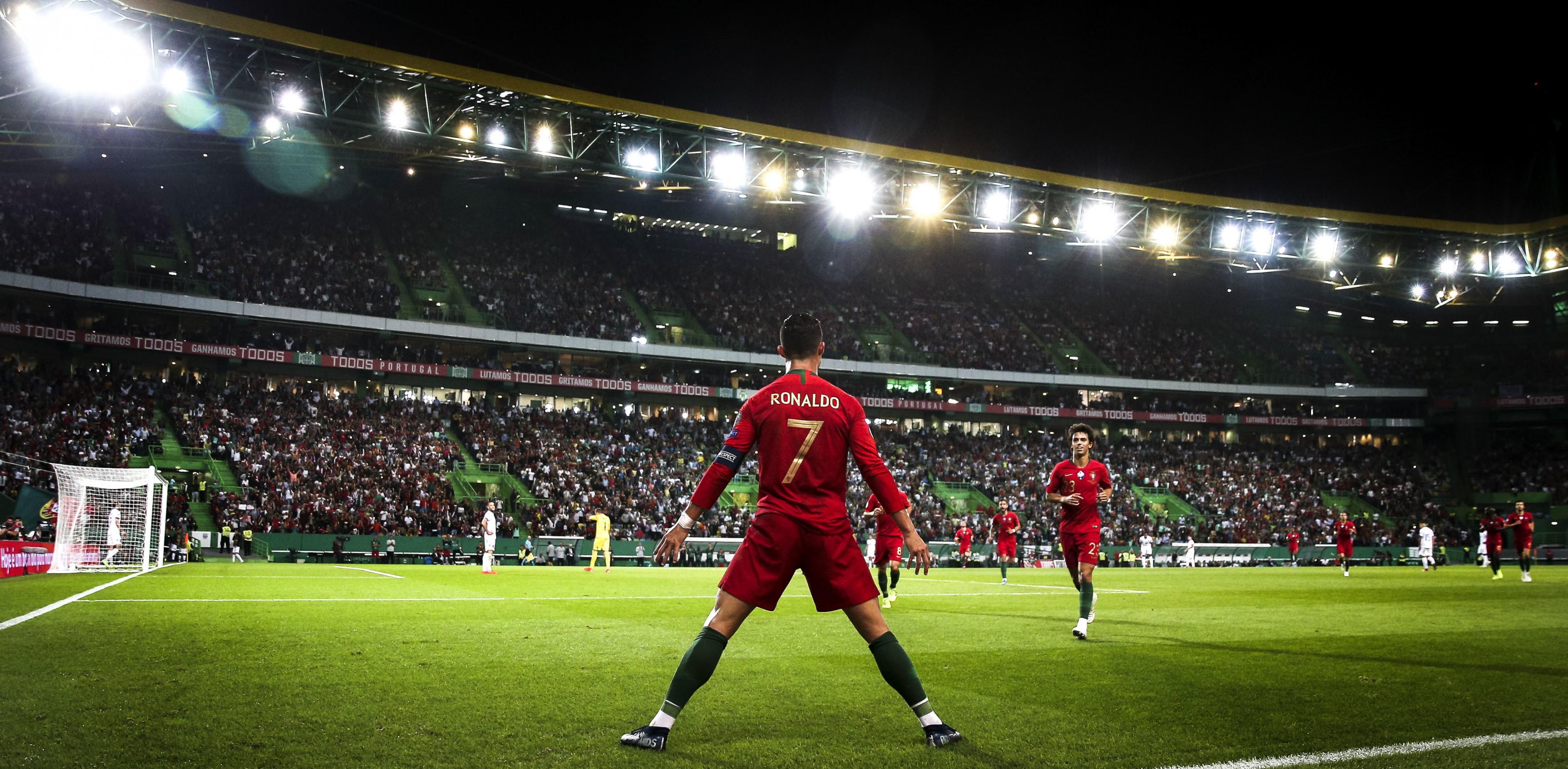 Cristiano_Ronaldo_-_Portugal
