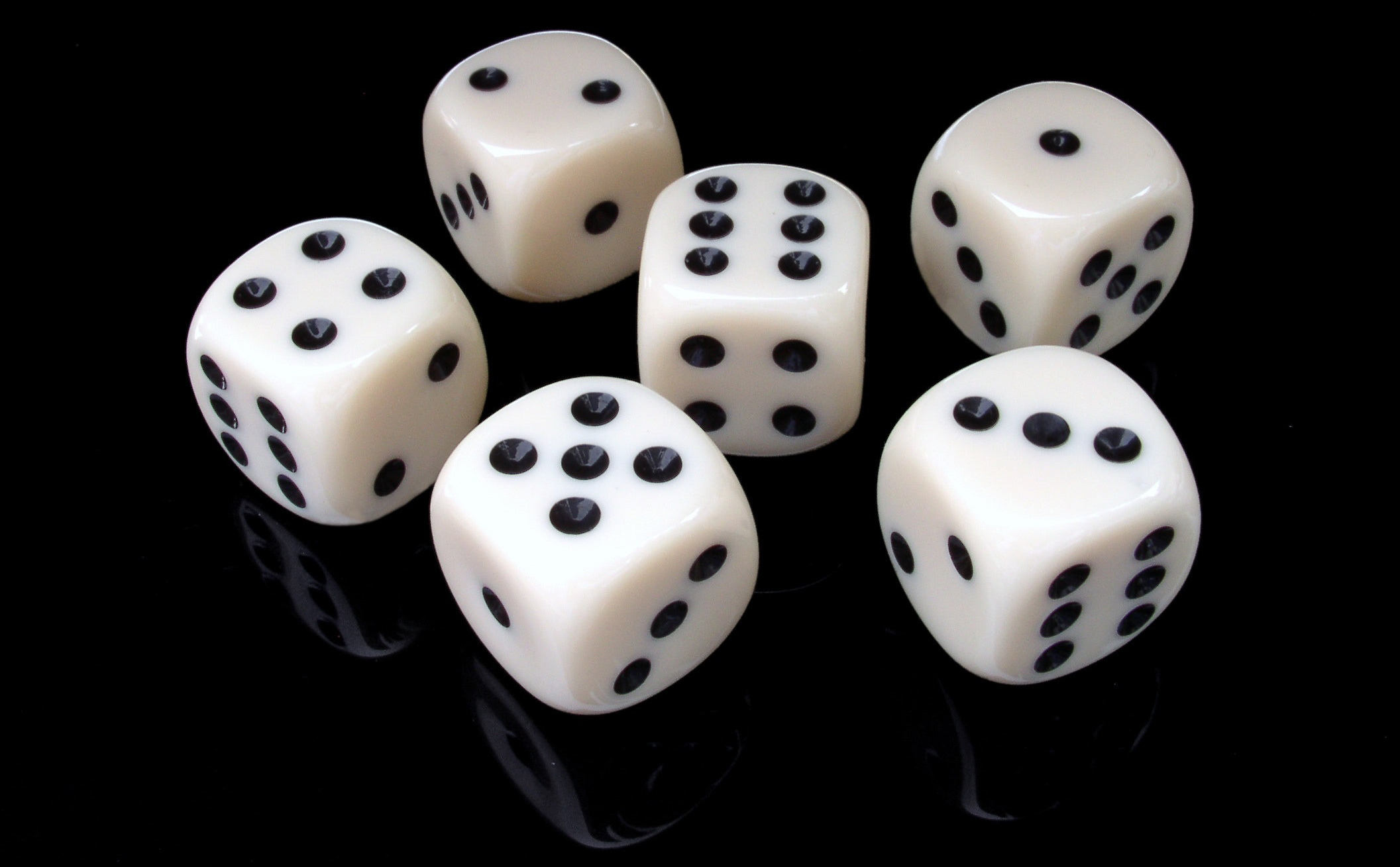 Dice games are your way to fun on betFIRST Casino